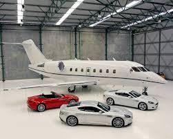 luxury 1 Feb. 2016